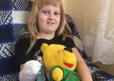7-letnia dziewczynka traci dłoń w wypadku – pomagamy Joasi!