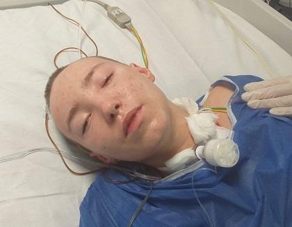 Lekarze nie dawali jej szans, ale Martynka przetrwała najgorsze. Pomóż dziewczynie wrócić do zdrowia!